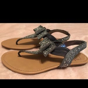 Pewter bow sandals. Size 8